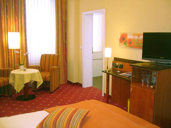 Zimmer Hotel Strandhalle 02